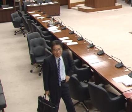 財政金融委員会で審議拒否でもひとりだけ残った特定野党・吉良州司議員